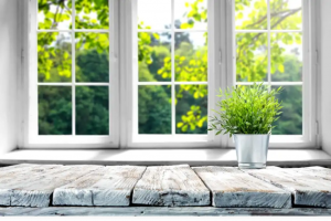 4 Ways to Tell It's Time to Replace Your Windows