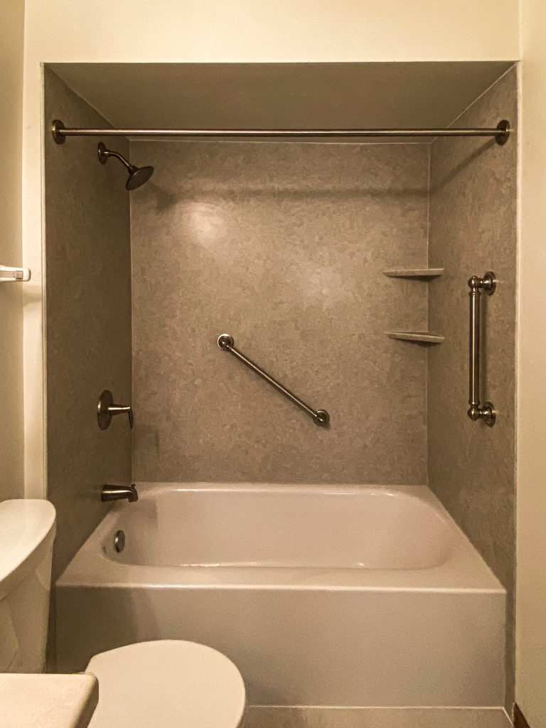Bathtub Replacement in Franklin, WI